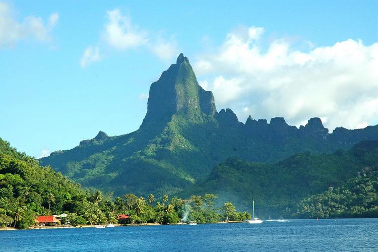 http://tahitivoileetlagon.com/wp-content/uploads/2014/10/MOOREA_08.jpg