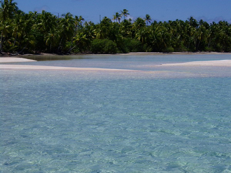 http://tahitivoileetlagon.com/wp-content/uploads/2014/10/TUAMOTU_07.jpg