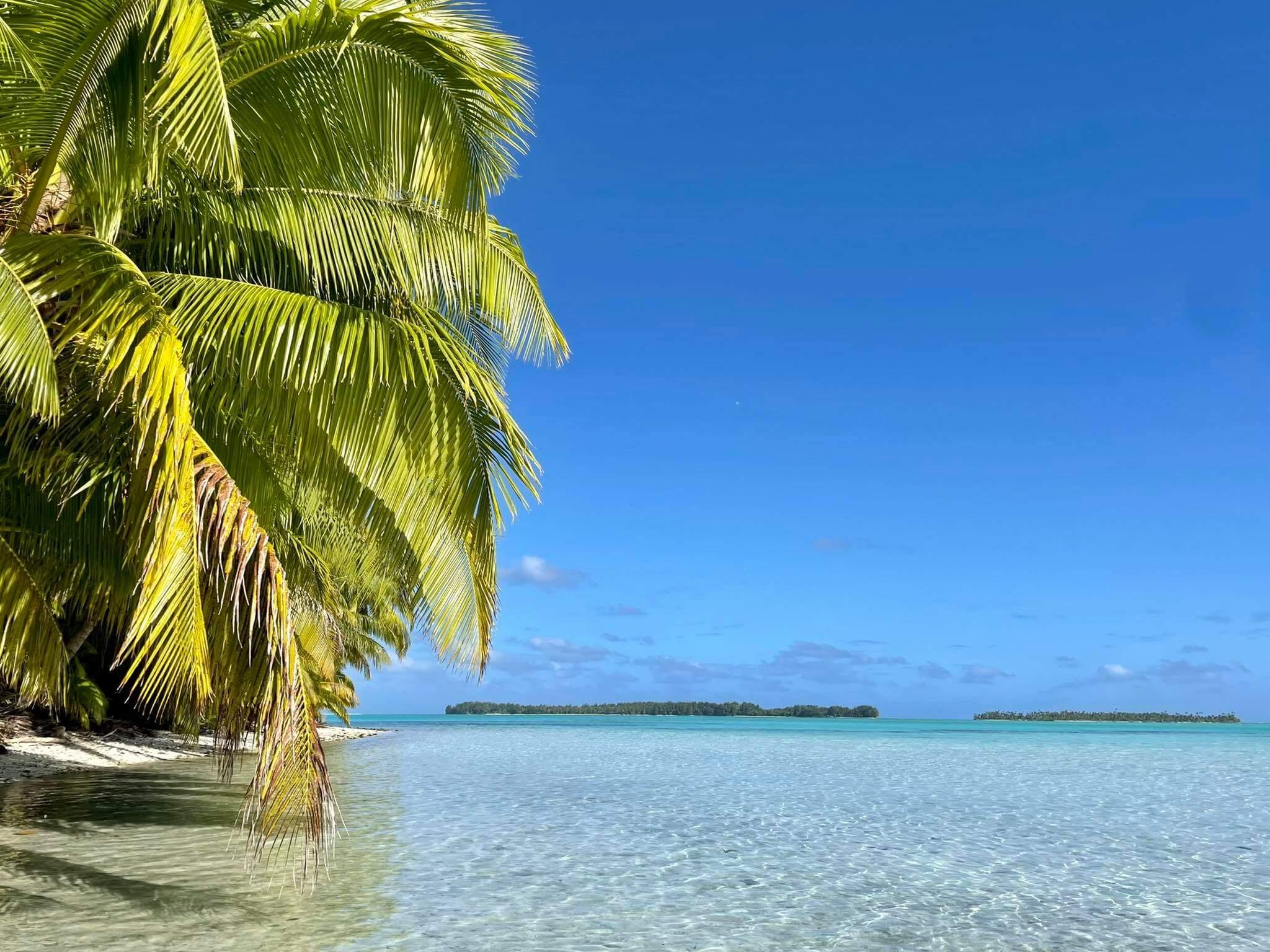 http://tahitivoileetlagon.com/wp-content/uploads/2021/07/beautiful-TETIAROA.jpg